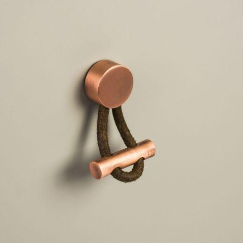 puxador-ponto-oriente-couro-cobre-imagem-01